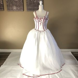15 Forever Burgundy/White Dress